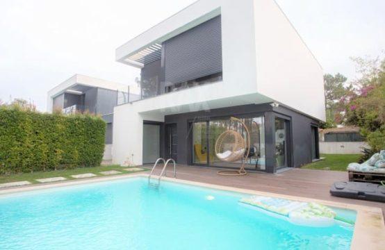Villa de 3 chambres avec piscine – Aroeira